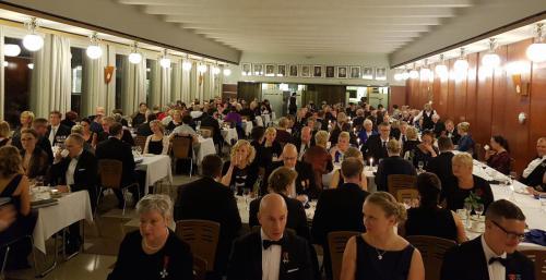 Iltajuhlassa nautittiin loistava päivällinen, jonka lomassa juhlapuheen piti Etelä-Suomen aluehallintoviraston ylijohtaja Minna Karhunen.
